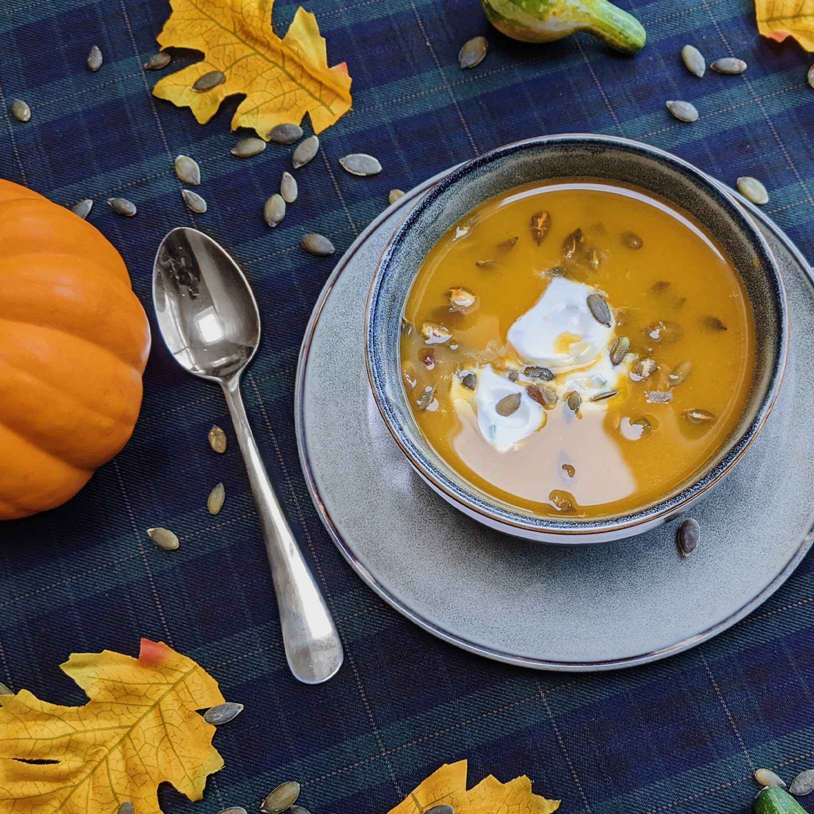oktoberdots Flespompoen-soep met bieslook-crème fraîche recept