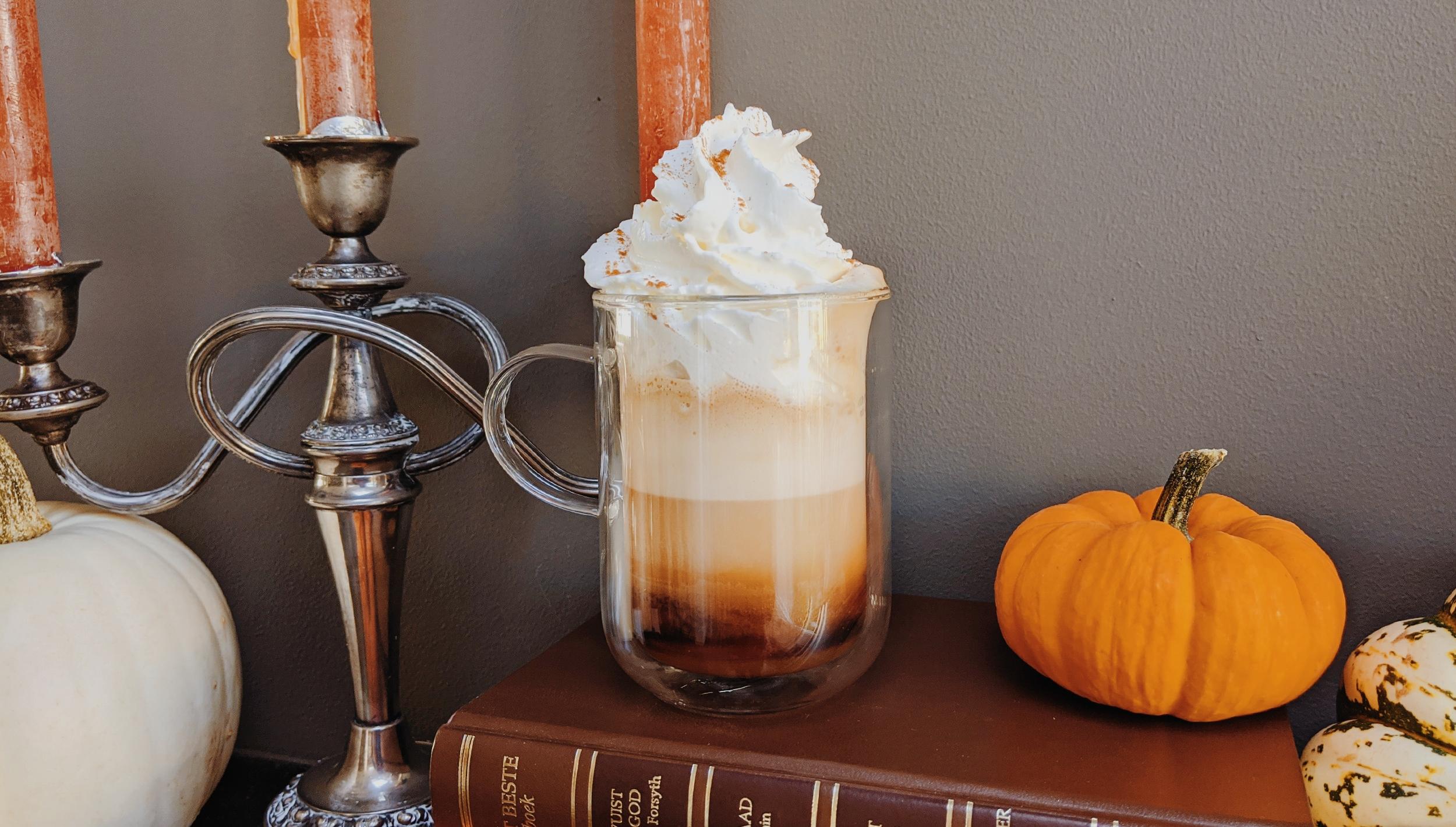 oktoberdots homemade pumpkin spice latte